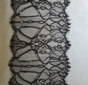embroidered-cushion-10.jpg