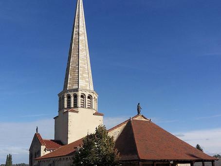 """La peinture murale du """"pendu-dépendu"""", dans l'Eglise Saint-Julien de Saulcet, dans l&#"""