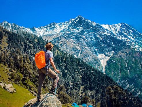adventure-backpacker-blue-2450296.jpg