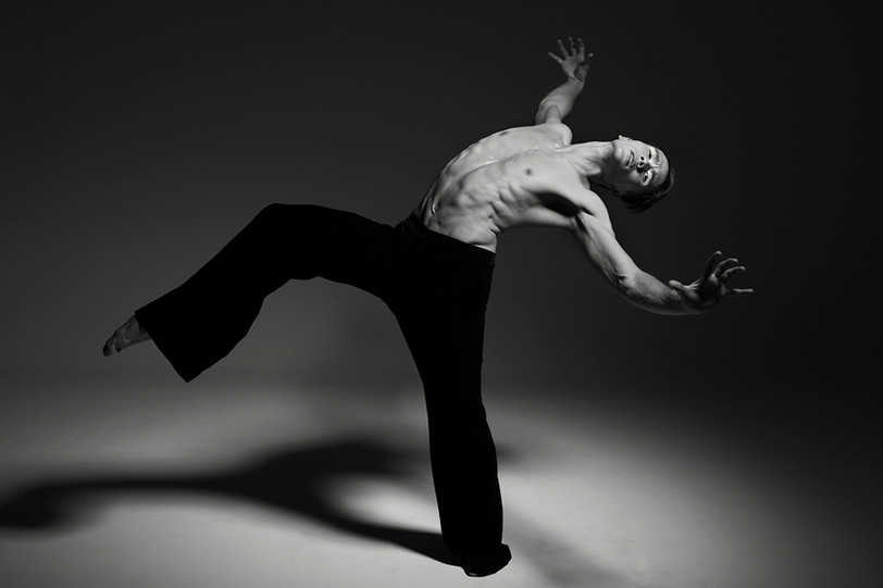 James Pett | Contemporary dancer