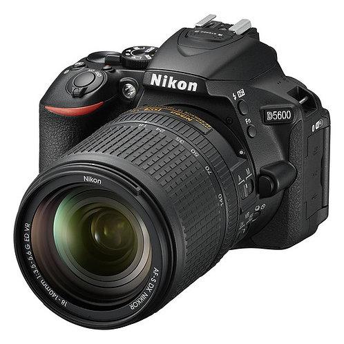 Nikon D5600 DSLR Camera + Lens 18-140mm
