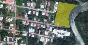 Venta de terreno en la población de Pacora frente al río y cerca de nueva barriada 30% en one + 70%