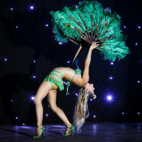 Emerald Fans Ruby Deshabille