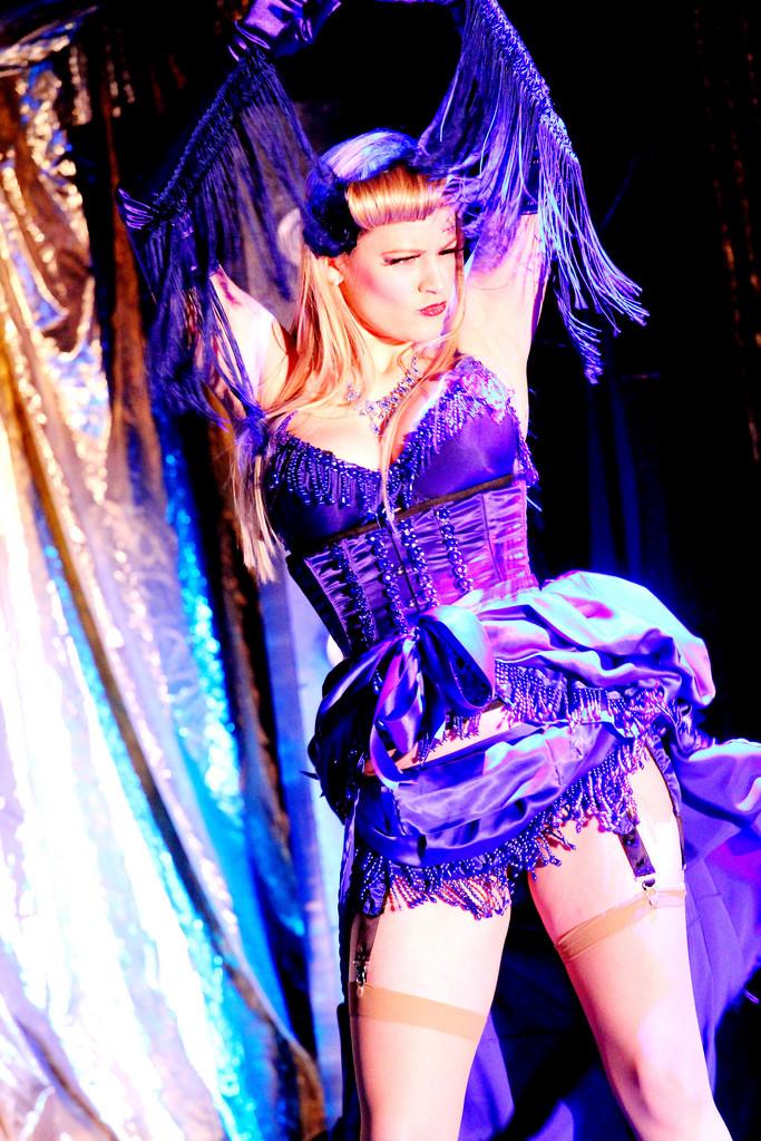 Ruby Deshabille Blue Belle