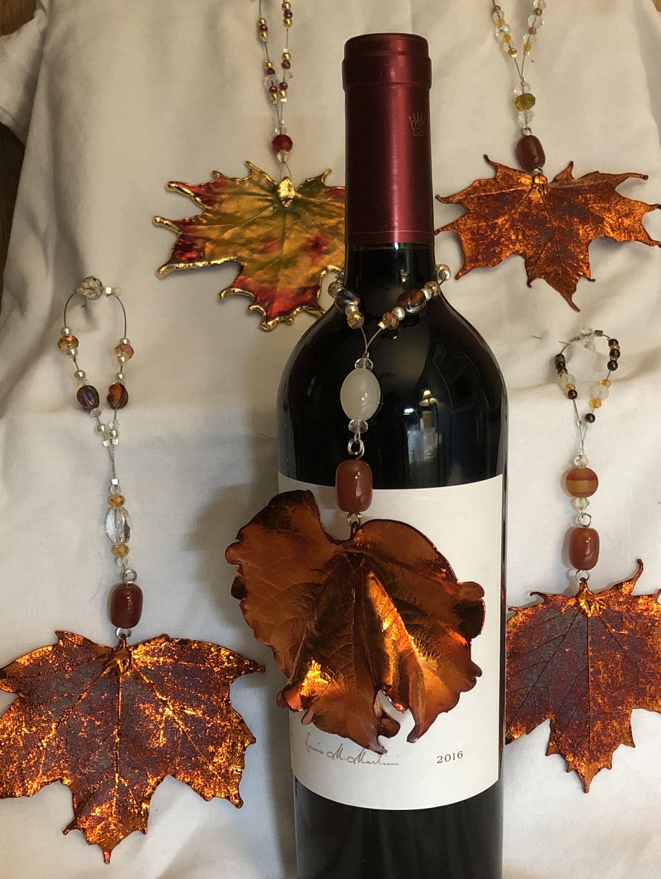 Leaf Wine Bottle Charm