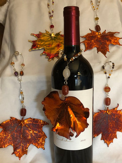 Leaf Wine Bottle Charm