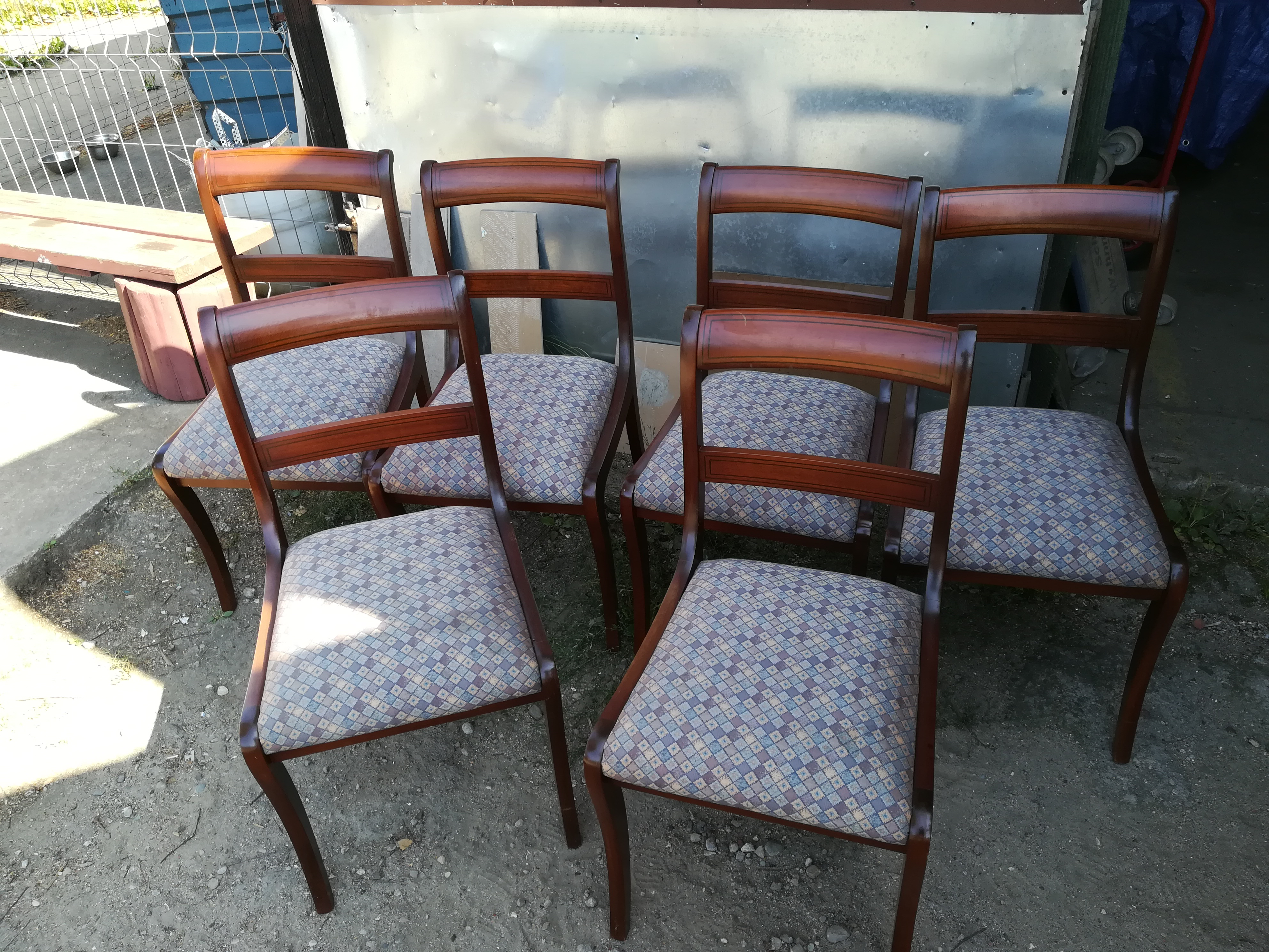 6 krzeseł