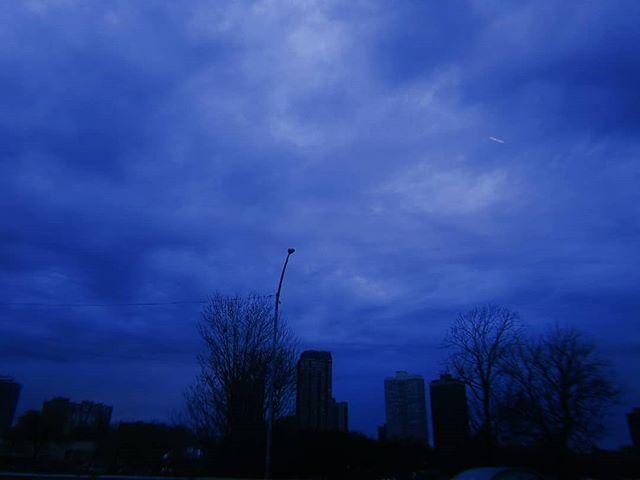 Blue skies baby!_·_·_·_·_·_·_·_·_·_#linc