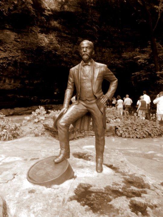 Jack Daniel Statue
