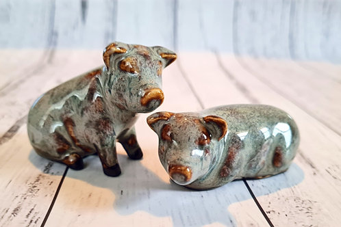 Set of Light Grey Pigs