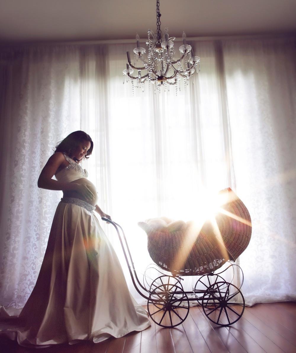 My 9 month Maternity Photo by Lori Dorman