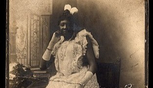 MME Abomah, The African Giantess Who Was Dubbed as the Tallest Lady in the 1800's