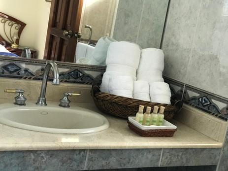 Baño R.JPG