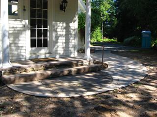 Bluestone and paver walk in CT