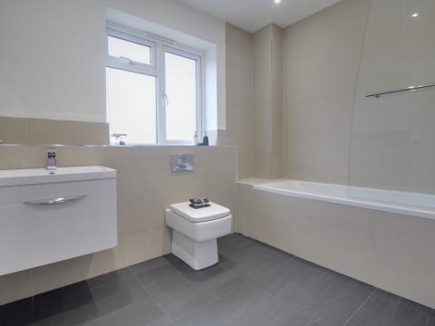 High quality bathroom installation