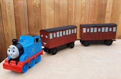 thomas train plus carriages