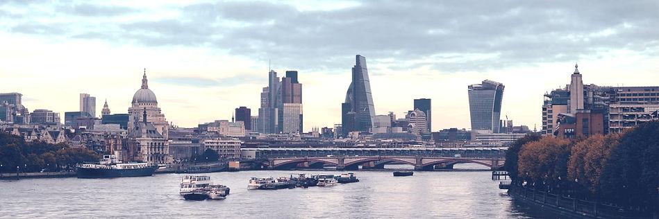 London%20Financial%20Area_edited.jpg