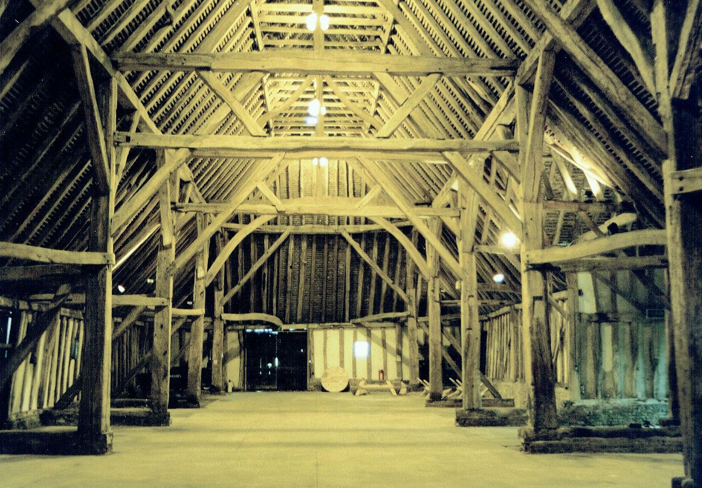 Cressing Temple wheat barn truss