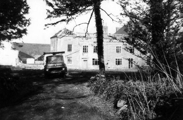 Martham house under demolition 1972.jpg