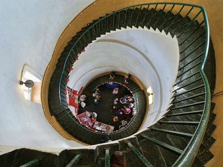 Happisburgh lighthouse staircase.jpg