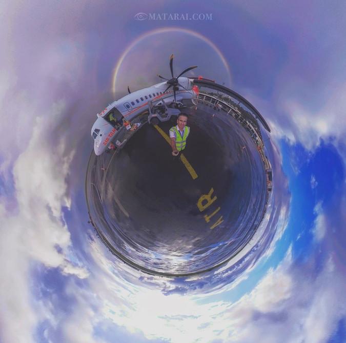 Sphère à l'aéroport de Tahiti