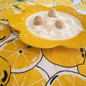 Raw lemon cashew balls with coconut
