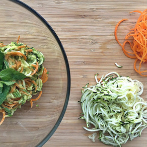 Spiralizing: a raw foodie's best friend - raw foods part 4 & creamy zucchini noodles