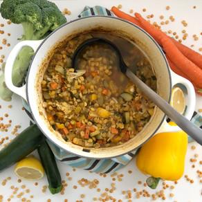Super simple veggie split pea soup