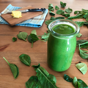 Pineapple dandelion green smoothie