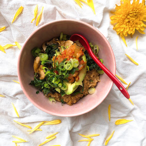 Miso rice bowl with marinated mushrooms and crispy kale
