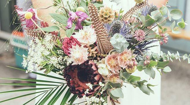 2018- #weddingphotography #bouquetdemari