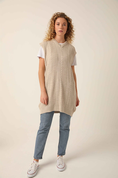 Cable knit long sweater vest