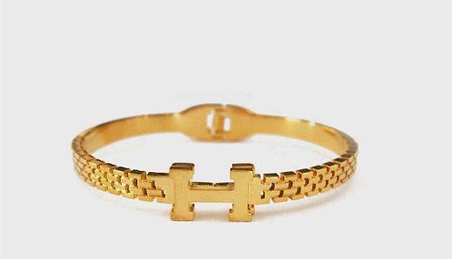 H detailed Gold plated bracelet