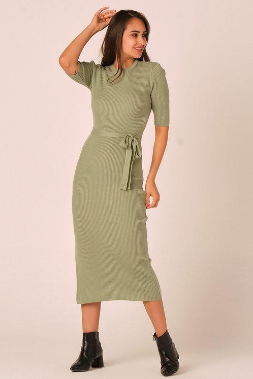 Midi dress with side slit