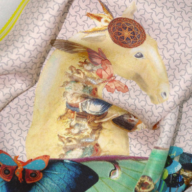 Horse-fly scarf