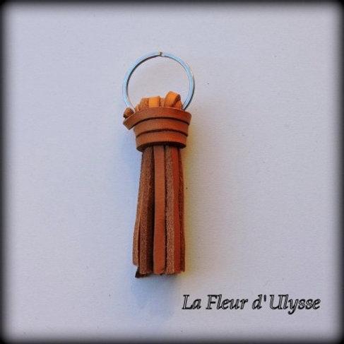 Porte-clés artisanal en cuir bovin pleine fleur