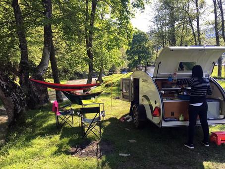 Cómo beneficia a los niños acampar en Mini Caravana Familiar