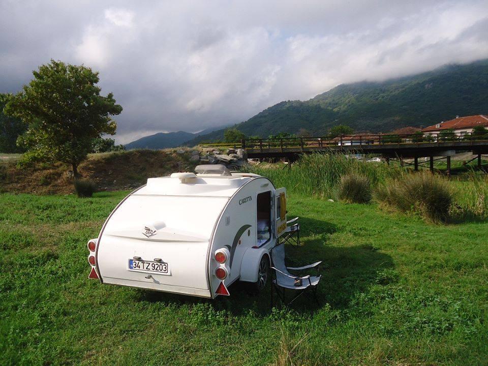 Mini Caravana España en el campo