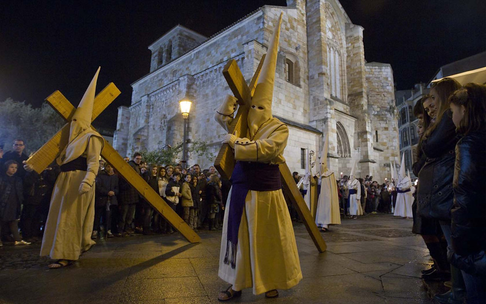 Zamora Semana Santa con Minicarvanas Caretta