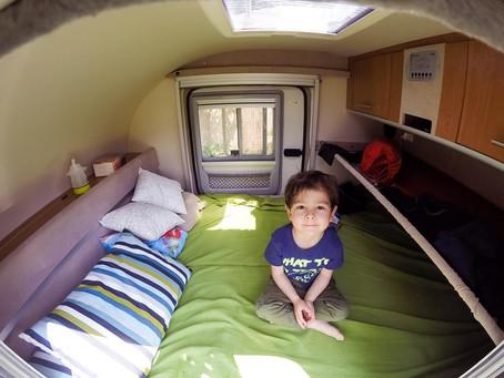Beneficios para niños al salir de vacaciones en mini caravana