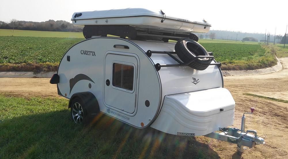 Mini Caravana Familiar Caretta 1500 con tienda en techo