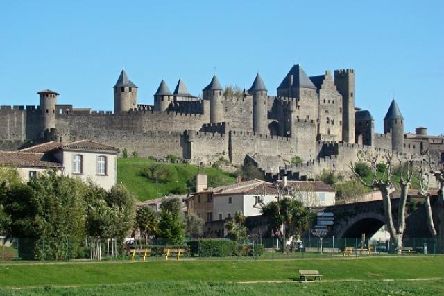 Ruta castillos francia mini caravanas españa Caretta