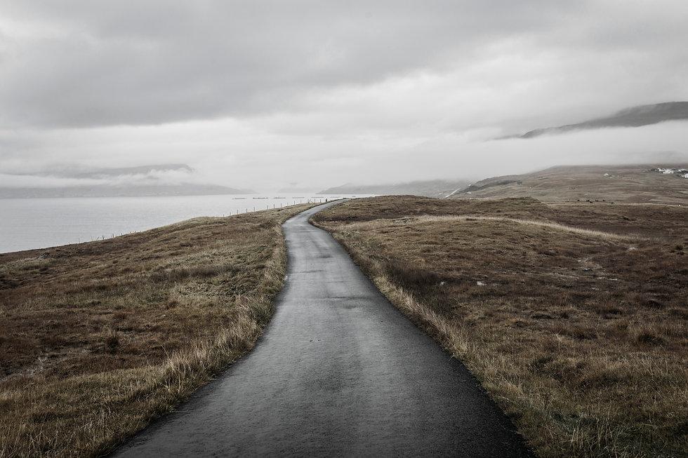 road-in-faroe-islands-FC5ZMPE.jpg