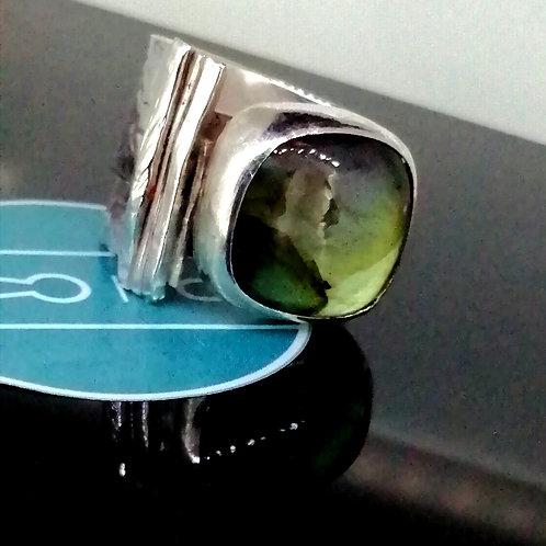 Laboradite Ring