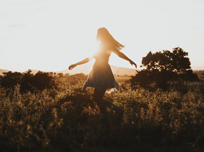 3 วิธีการพัฒนาตัวเองเพื่อเป็นผู้หญิงแกร่ง (strong woman)