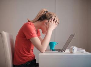ภาวะหมดไฟ (Burnout) หรือโรคซึมเศร้ากันแน่