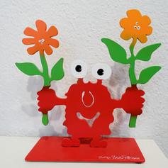Monsterkollege mit zwei Blumen