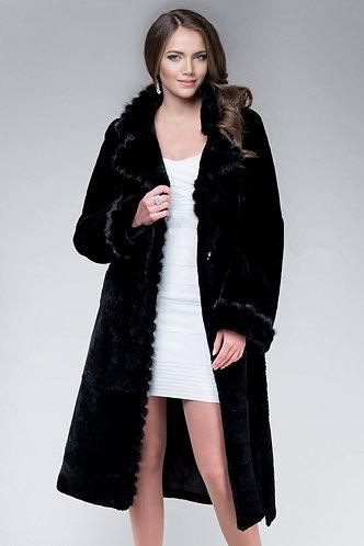 Императрица furs / Шуба натуральная из мутона с воротником меха норки