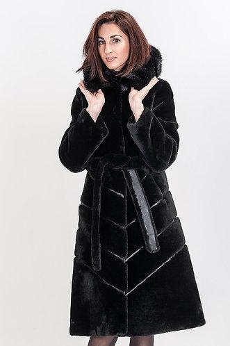 Императрица furs / Шуба натуральная из мутона с капюшоном меха норки