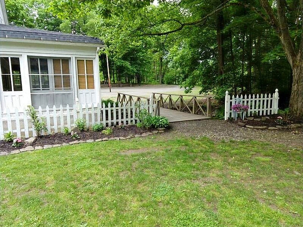 The Grounds & Landscaping